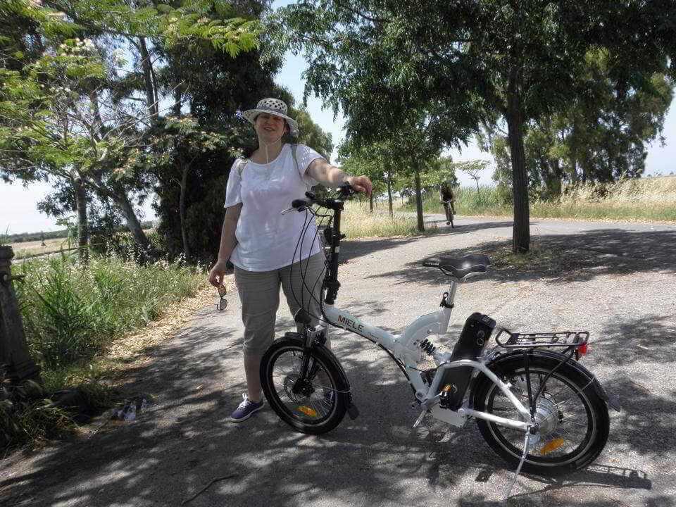 Raisa Fesic Marina di Grosseto bici elettrica