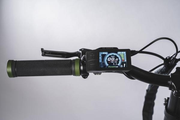 bici pieghevole elettrica display colore