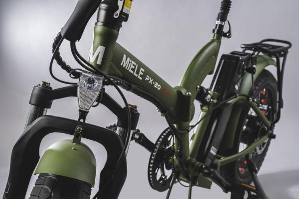 bici pieghevole elettrica forcelle ammortizzate