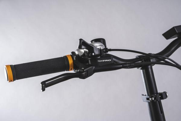 bicicletta elettrica pieghevole freni idraulici